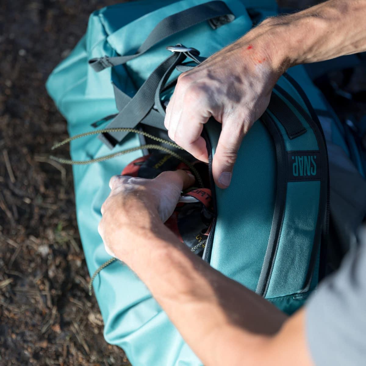 rope bag and rope tarp snap climbing