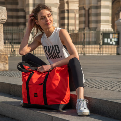 large sports bag for woman