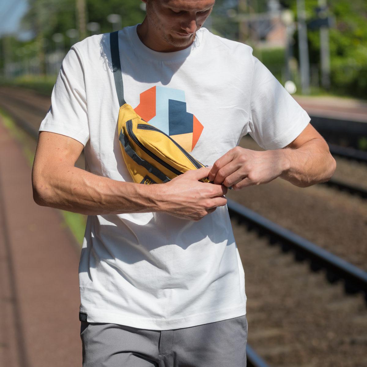 eco-friendly hip bag