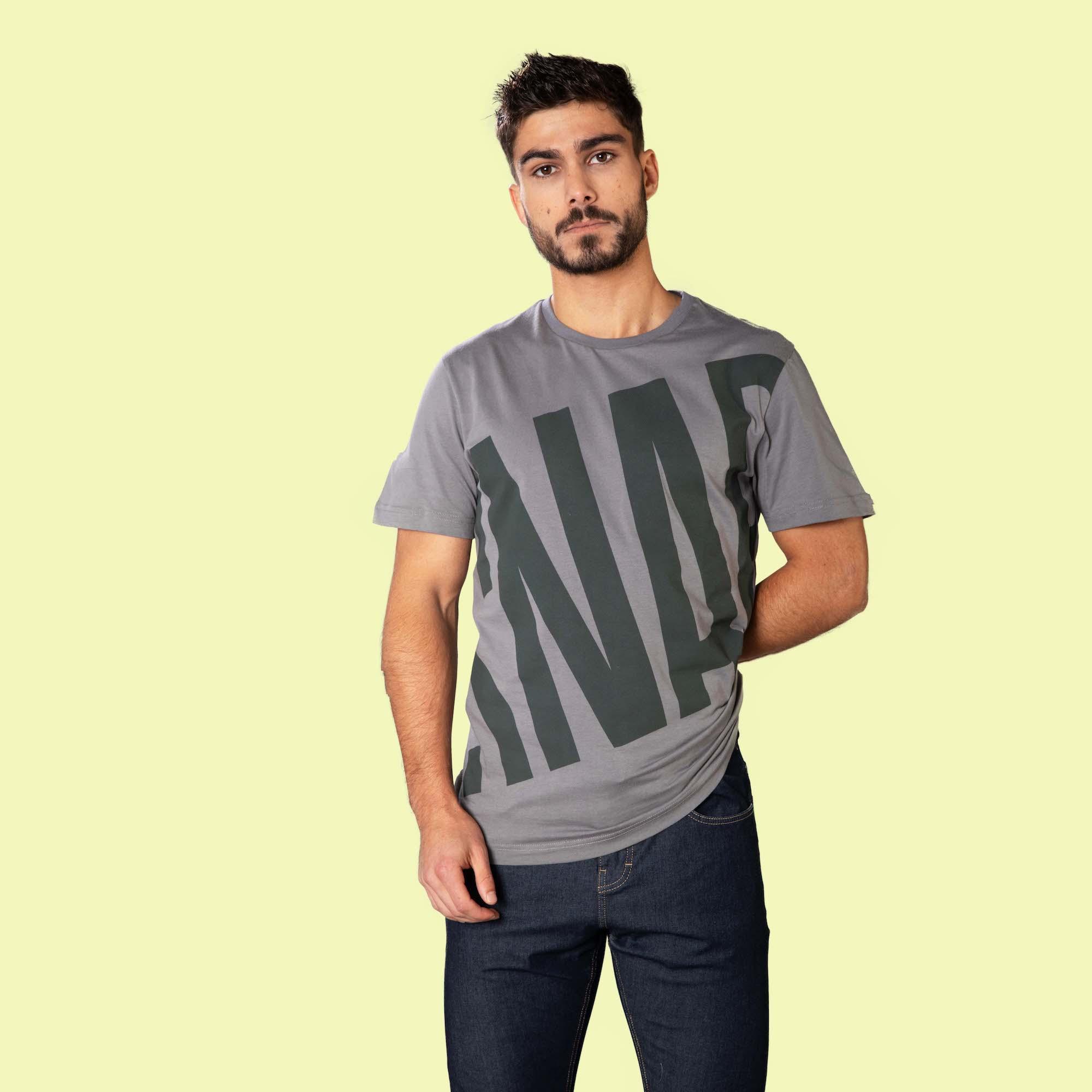 pattern t-shirt for climber