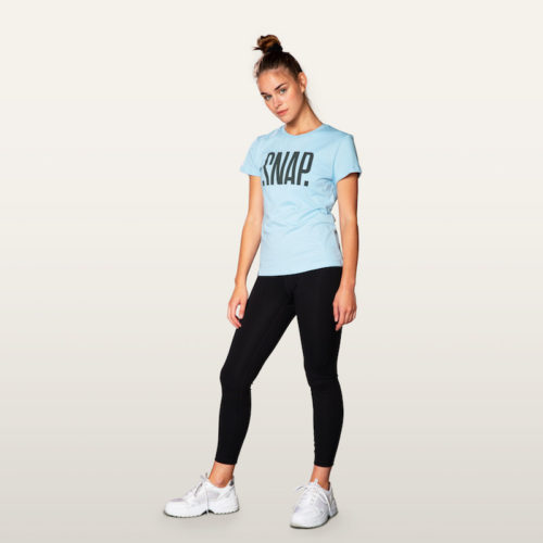light blue t-shirt and classic legging