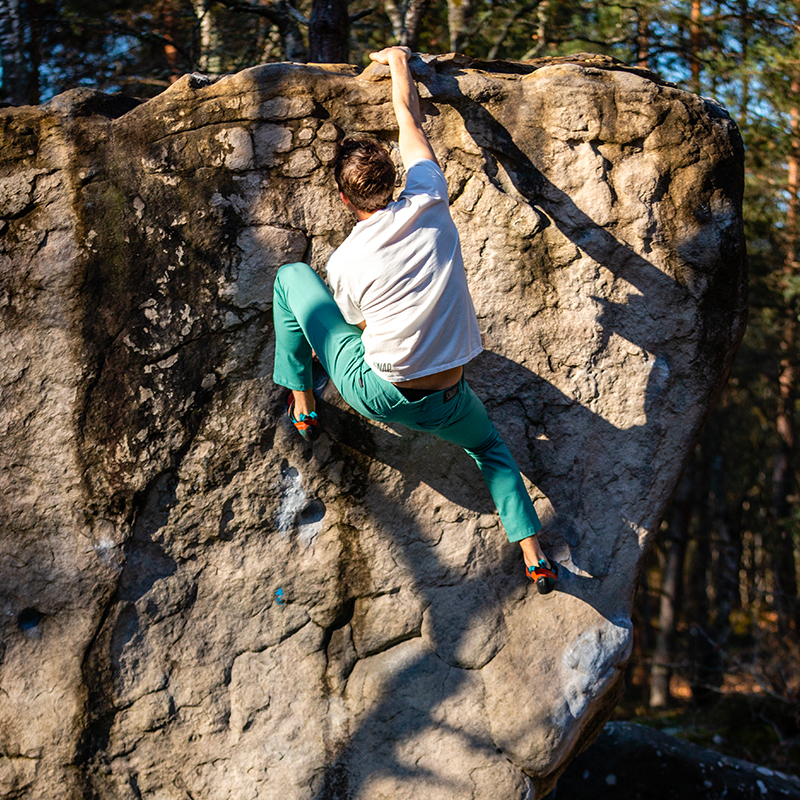 green chino pant for climbing