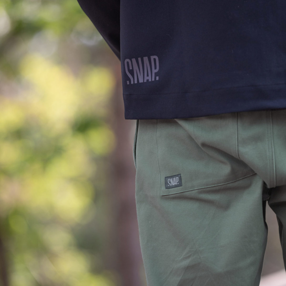 kaki wide pants snap climbing