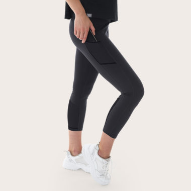 black leggings for climbing