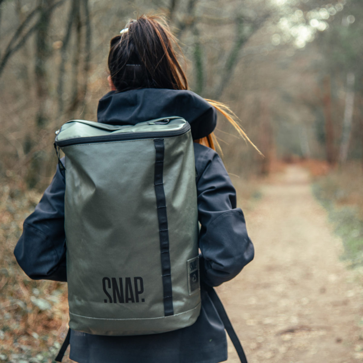 snap climbing compact backpack