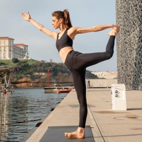 classic black leggings for yoga