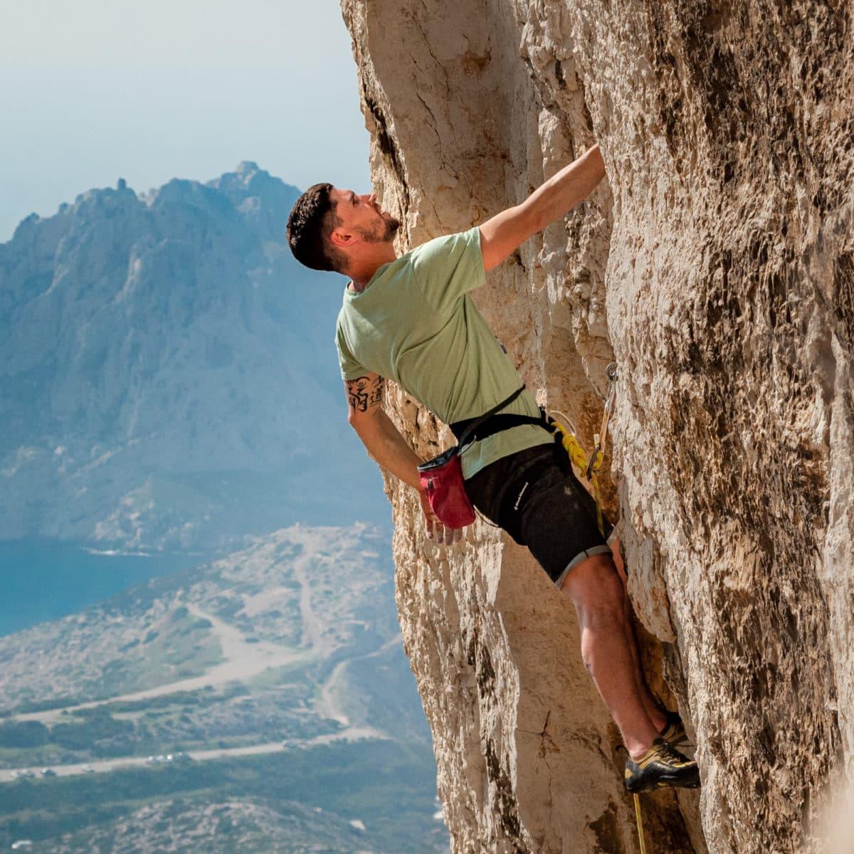 eco-friendly t-shirt for climber