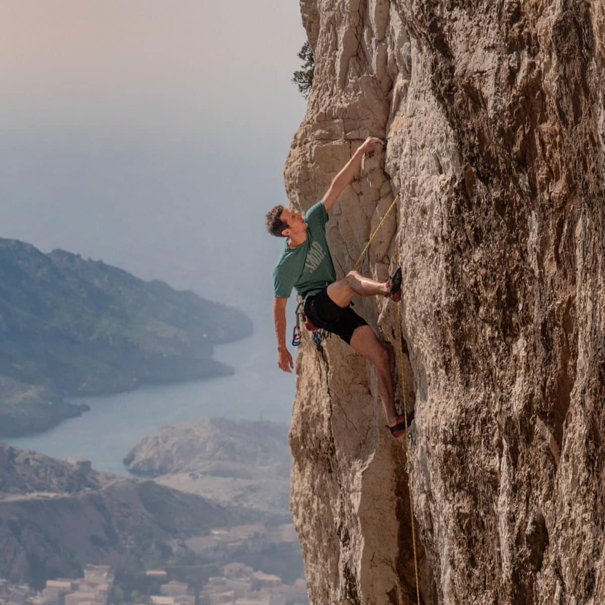 merino t-shirt for climbers